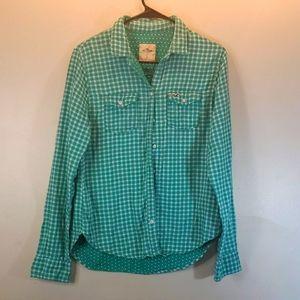 Hollister green plaid button up long sleeve shirt